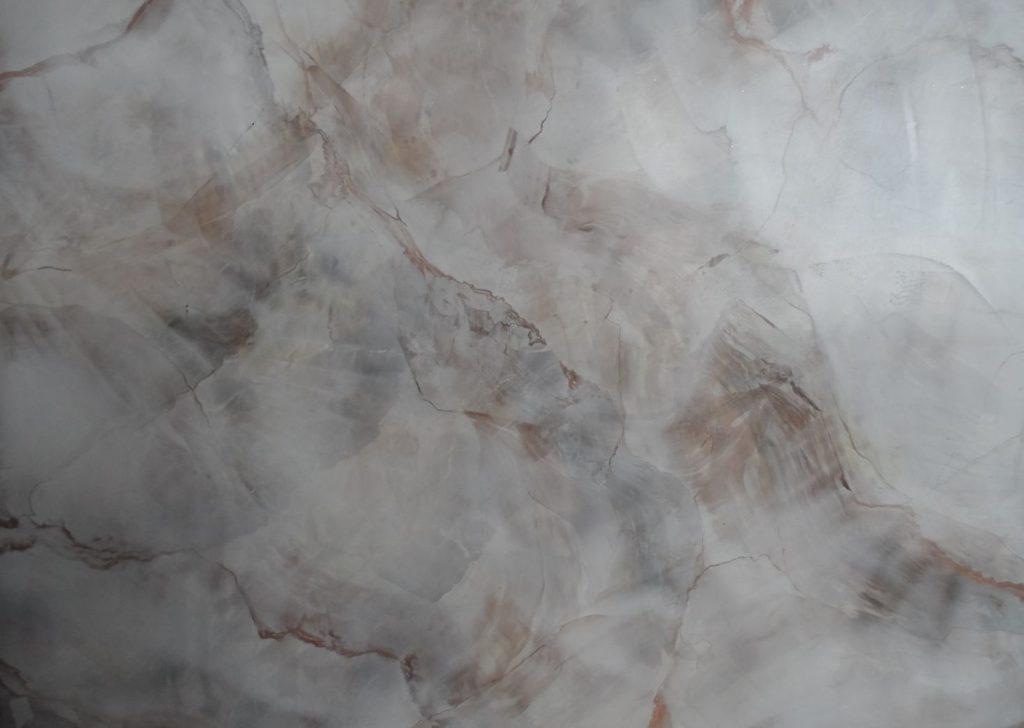 Фактура мрамора из венецианки ролики девушки снимают