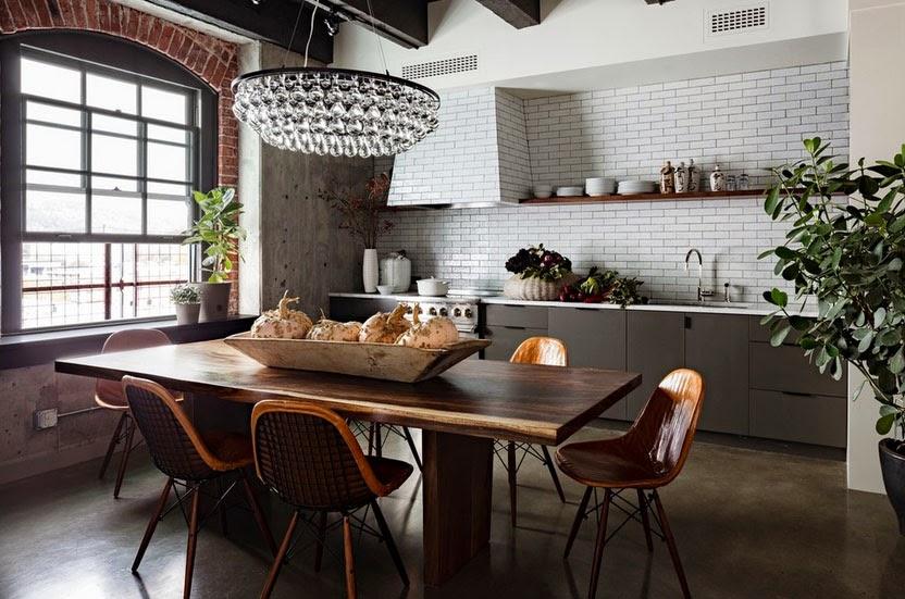 Дизайн квартиры в стиле лофт для жизни: что это такое, фото реальных интерьеров больших и маленьких объектов, комнат и студий, в чём фишка и особенности