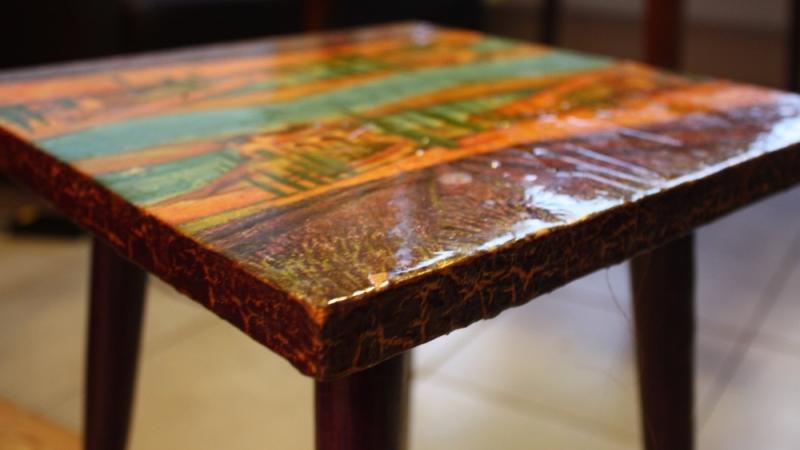 мебель в технике кракелюр