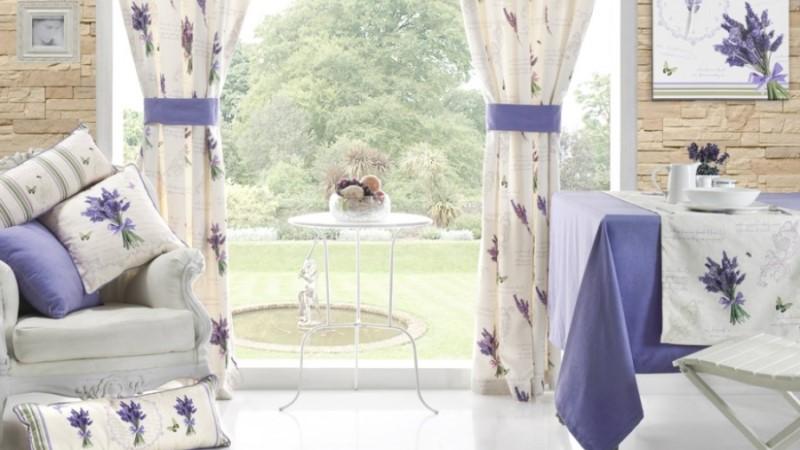 текстиль в гостиной прованс