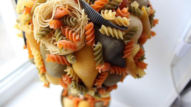 топиарий из макарон