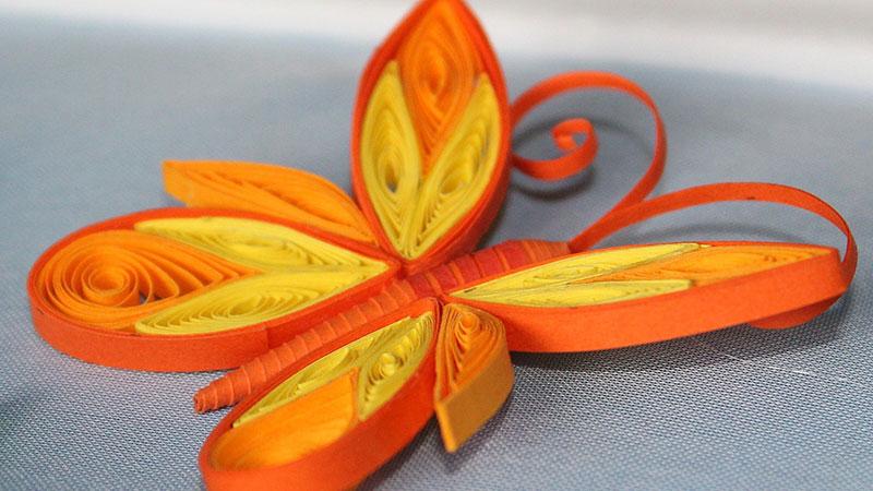 бабочки из гофрированной бумаги
