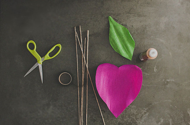 материалы для создания розы из гофробумаги