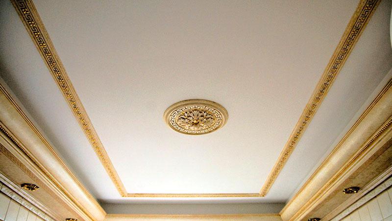 стеклотканевые обои на потолке