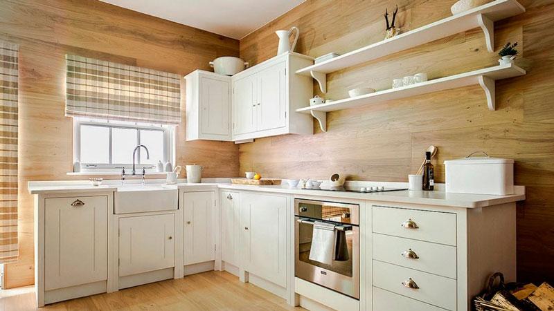 деревянные панели в кухне