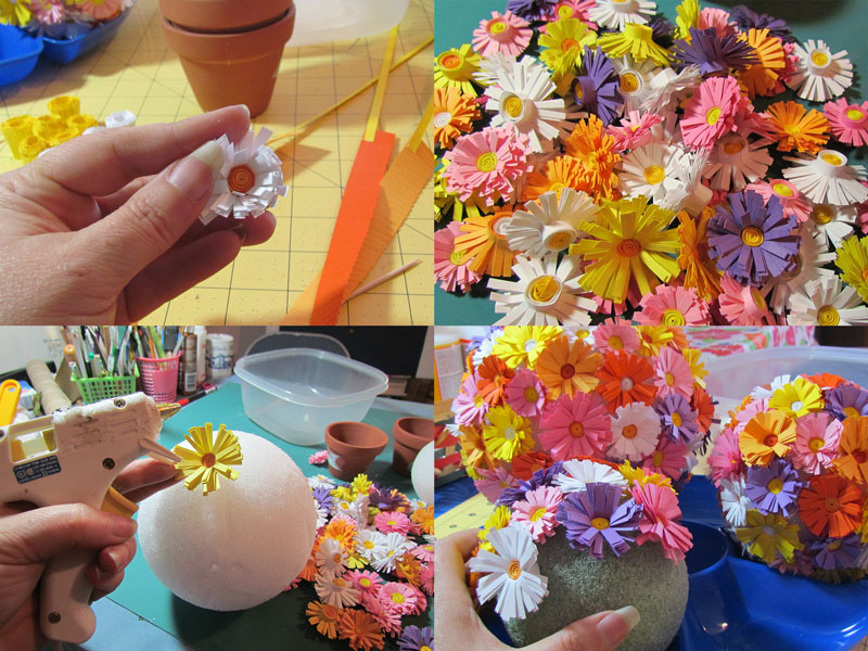 приклеиваем цветы на топиарий